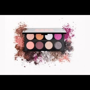 IPSY x Betty Boop That's So Betty Shadow Palette